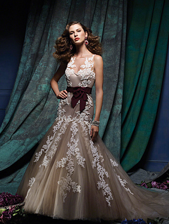 Alfred Angelo, Alfred Angelo Sapphire